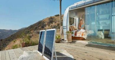 Solarmodul mit integrierter Batterie