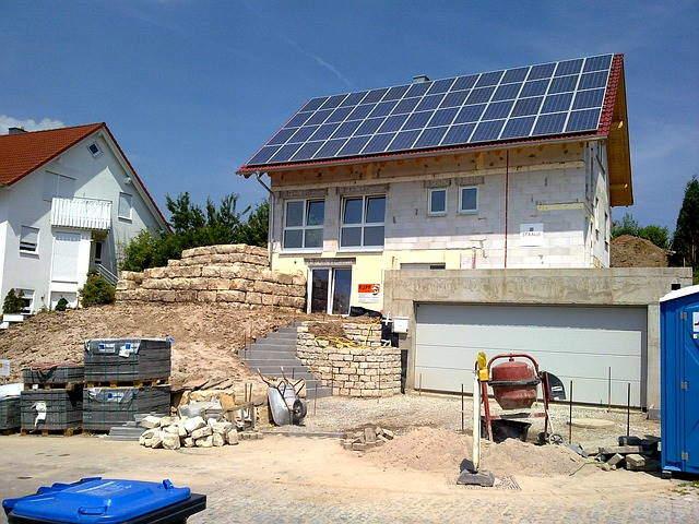Solaranlage-mit-Salzwasserspeicher